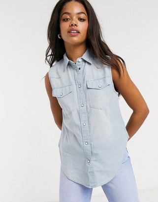 Lee Jeans Lee Sleeveless Shirt in Sterling Blue