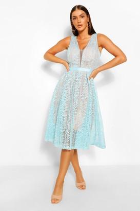 boohoo Boutique All Lace Plunge Neck Midi Dress