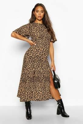 boohoo Monochrome Leopard Flutter Sleeve Midaxi Dress
