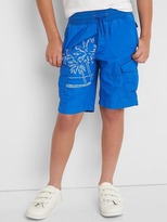 Graphic pull-on cargo shorts