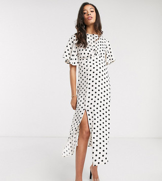 Queen Bee Maternity midi dress with angel sleeve in mono polka print