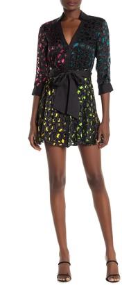 Alice + Olivia V-Neck MIni Shirt Dress