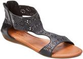 Star Bay Women's Sandals Black - Black Floral-Cutout Sandal - Women