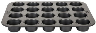 Chicago Metallic 20-Cup Tea Cake Pan
