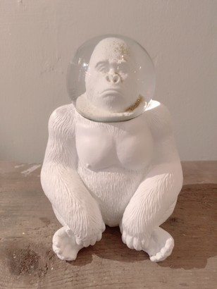Donkey Products - Snow globe gorilla