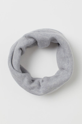 H&M Knitted merino wool tube scarf