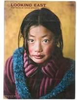 Phaidon Looking East: Portraits By Steve McCurry