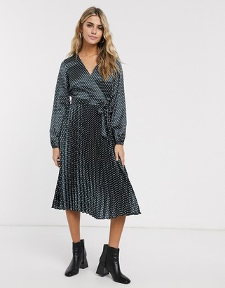Miss Selfridge pleated midi dress in black