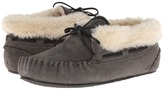 Minnetonka Chrissy Bootie Women's Slippers