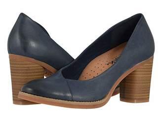 SoftWalk Kolette (Black) Women's Shoes