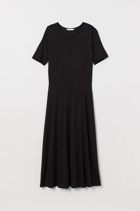 H&M Calf-length jersey dress