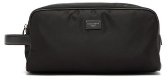 Dolce & Gabbana Logo-plaque Technical-gabardine Washbag - Black