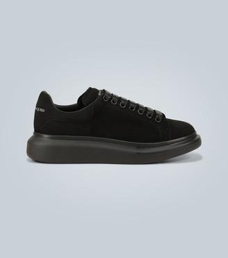 Alexander McQueen Oversized suede sneakers