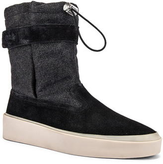 Fear Of God Ski Lounge Boot in Black & Grey Gum Sole | FWRD