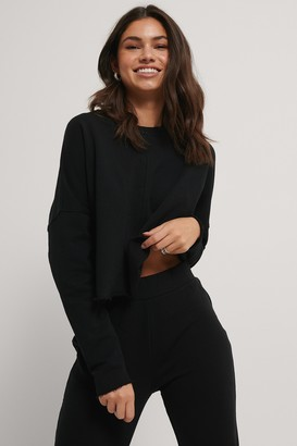 NA-KD Organic Raw Edge Cropped Sweater