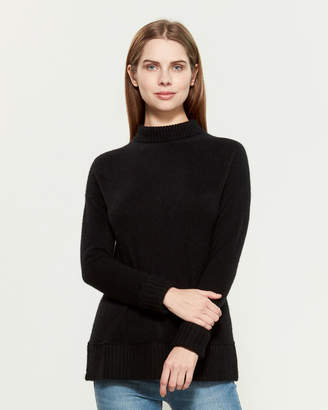 Vertical Design Cashmere Ribbed Trim Turtleneck Sweater