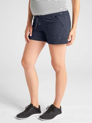 "Gap Maternity GapFit 4"" Hiking Shorts"