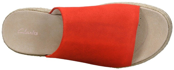 1ba619e7cc3 Clarks Flat Sandals For Women - ShopStyle UK