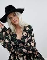 Glamorous Black Felt Fedora Hat