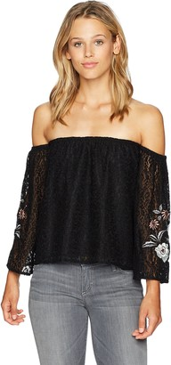 Cupcakes And Cashmere Women's Kindra Embriodered Lace Top