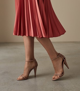 Reiss Ilsa - Leather Open Toe Sandals in Nude