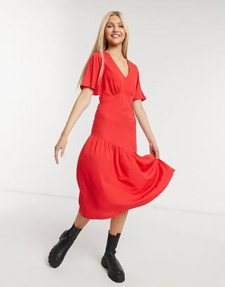 New Look tier hem midi dress in bright red