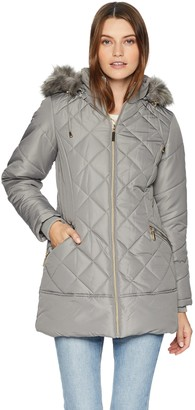 Details Women's Diamond Quilt Puffer Coat with Fashion Faux Fur Trim
