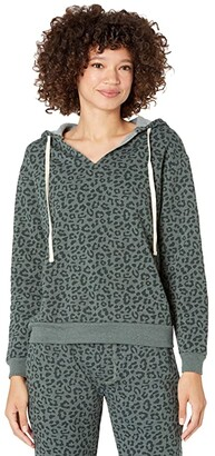 Alternative Eco Fleece Slashed Neck Pullover Hoodie (Spruce Tonal Simple Leopard) Women's Clothing