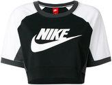 Nike cropped logo T-shirt