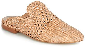 Betty London JIKOTEXE women's Mules / Casual Shoes in Beige