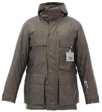 C.P. Company Xenia Detachable-lining Gore-tex Field Jacket - Black