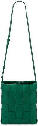 Bottega Veneta Small Intreccio Crossbody Bag in Racing Green & Gold | FWRD