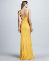 Monique Lhuillier Lace-Overlay Contour Gown