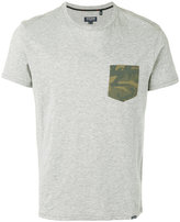 Woolrich T-shirt with camouflage pocket - men - Cotton - XL