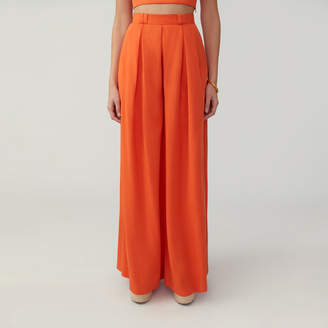 Fame & Partners Pleated Wide Leg Pant