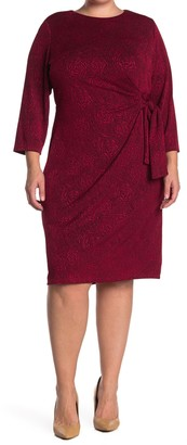 Sharagano Floral Lace Sleeveless Scalloped Sheath Dress (Plus Size)