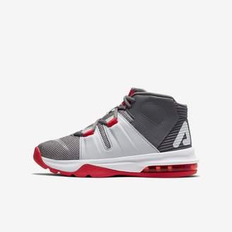 Nike Big Kids' Basketball Shoe Charge