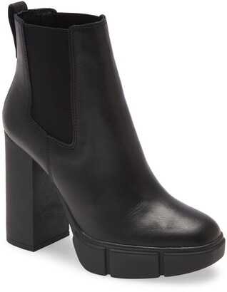 Steve Madden Revised Chelsea Boot