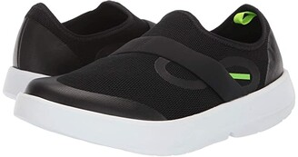 OOFOS OOmg Low (White/Black) Men's Walking Shoes