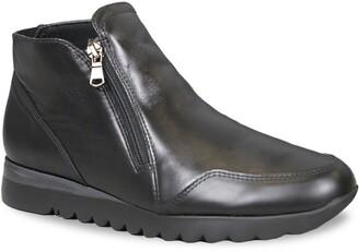 Munro American Danika Sneaker Boot