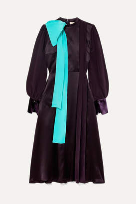 Roksanda Bow-detailed Pleated Silk-blend Satin And Velvet Midi Dress - Purple