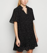 New Look Spot High Tie Neck Pleated Smock Dress
