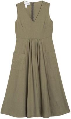 Donna Morgan Pocket Front V-Neck Linen Midi Dress (Petite)