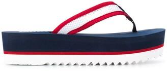 Tommy Jeans logo print flip flops