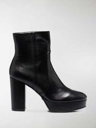 Stuart Weitzman Chunky Heeled Leather Boots