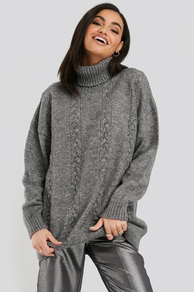 NA-KD Cable Knitted Long Sweater Beige