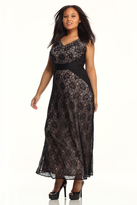Maggy London Curve V-neck Lace Maxi Gown