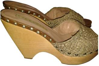 Pura Lopez Camel Other Mules & Clogs
