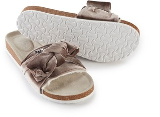 Pretty You London Velour Bow Footbed Sandal In Mink