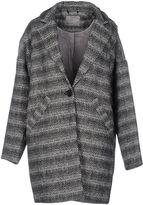 Vero Moda Coats